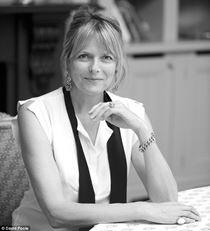 Carol Woolton