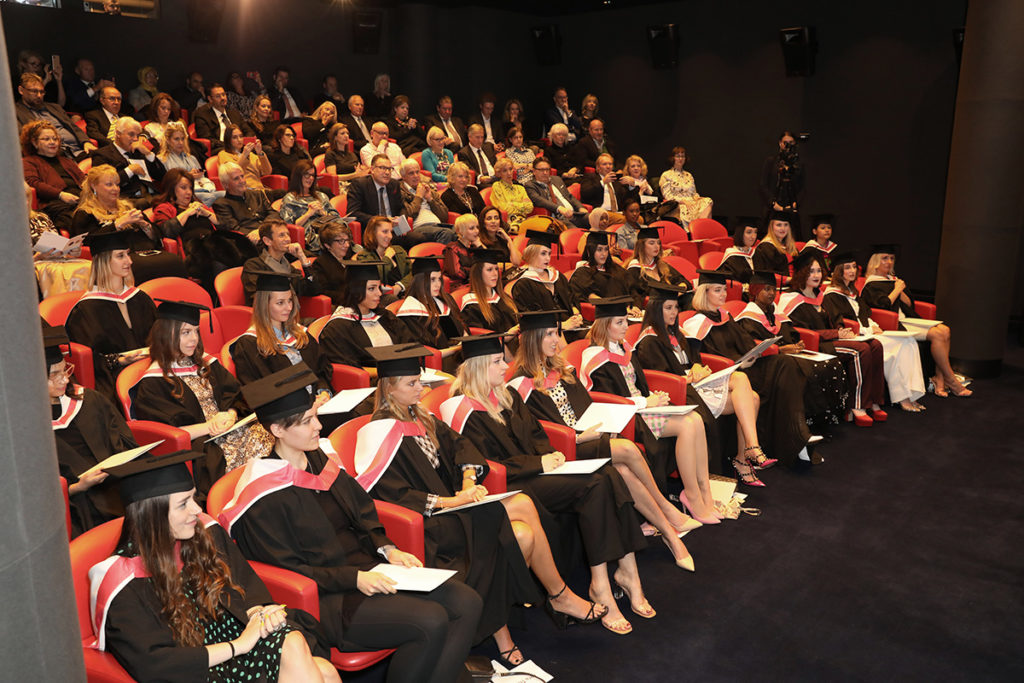 Condé Nast College Graduates